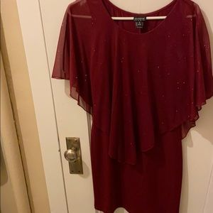 Glittered Maroon body-con drape dress